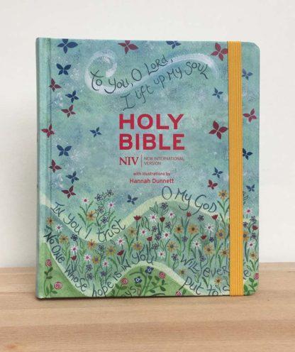 Hannah Dunnett New Journalling Bible front cover image